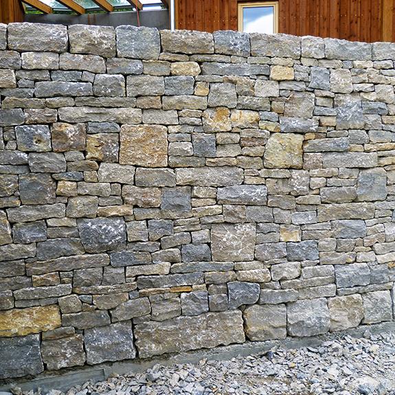 trockensteinmauer fraxern vorarlberg stein land. Black Bedroom Furniture Sets. Home Design Ideas